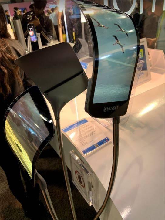 Bendable Phones CES