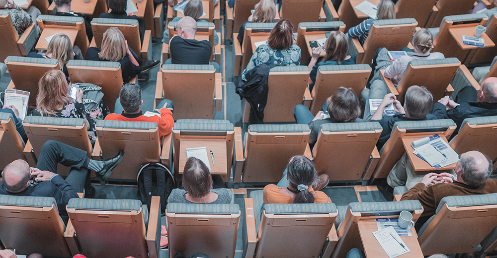 4 ways to enhance your brand presence at an industry conference